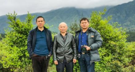中华产品网唐培穗采访广西都盘粮油食品公司唐硕龙总经理